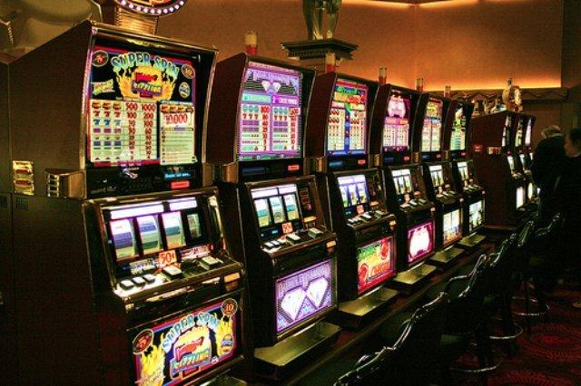 Железный человек в онлайн казино Вулкан Неон
