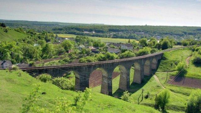 По украинскому мосту Гарри Поттера проложат веломаршрут в Хогвартс