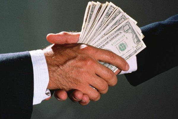 Половина жителей России заявили о прогрессе в борьбе с коррупцией