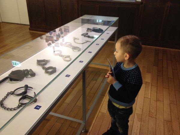 Личные вещи Чикатило, форма и оружие: в Ростове сформировали музей 300-летия русской полиции