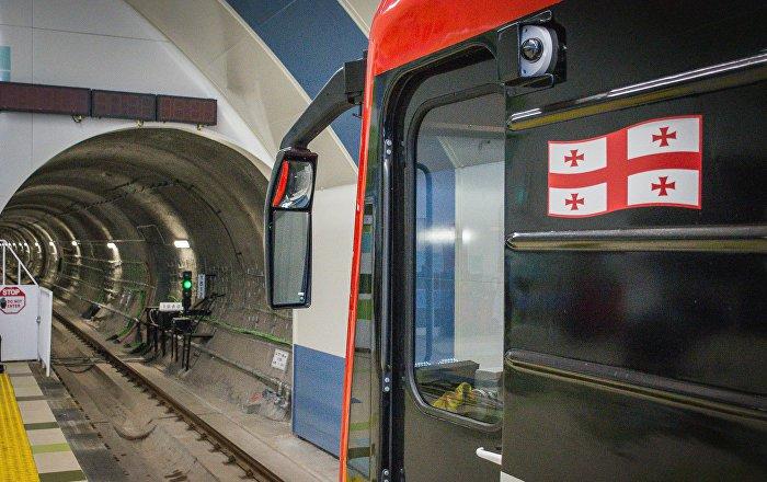 Мэр Тбилиси назвал шантажом действия бастующих машинистов метро