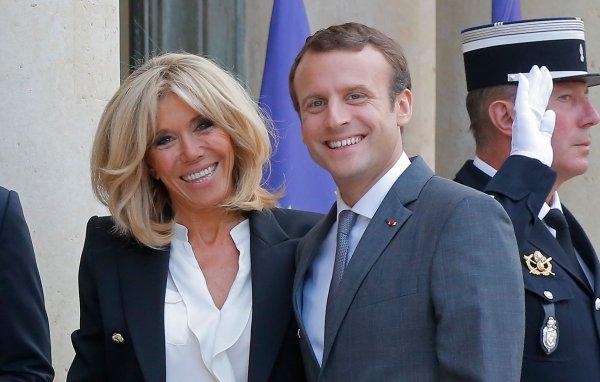 Дочь первой леди Франции рассказала подробности романа матери с Макроном