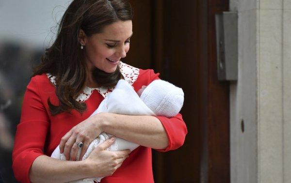 Кейт Миддлтон и принц Уильям сообщили, когда снова покажут новорожденного сына
