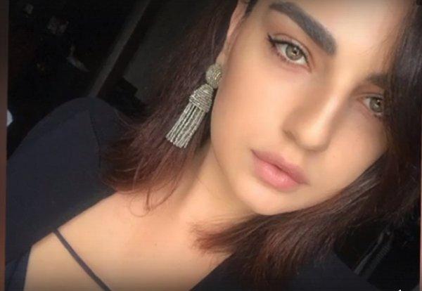 Дочка мафиози Ониани выросла красавицей без надзора отца