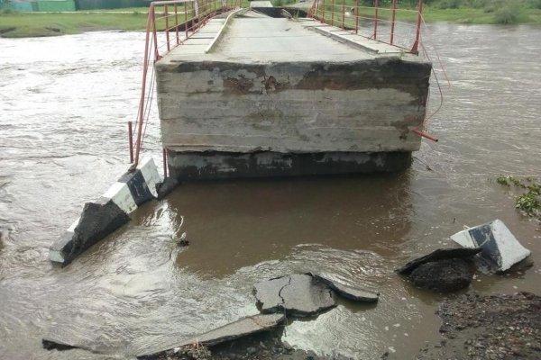 Паводки в Забайкалье повредили и разрушили 25 краевых и муниципальных мостов