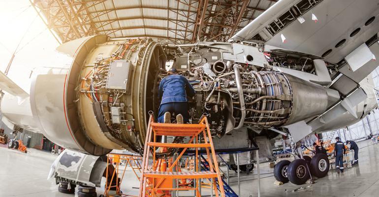 Италия и Россия построят совместный центр обслуживания самолетов