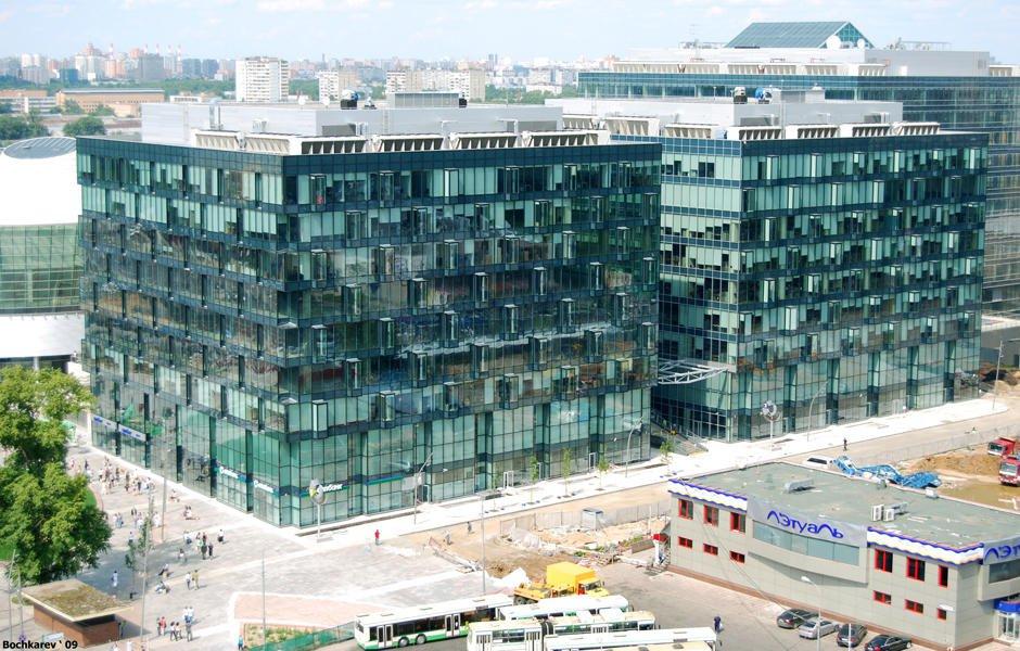 Почему иностранные инвестиции в недвижимость РФ растут, а общие — падают?
