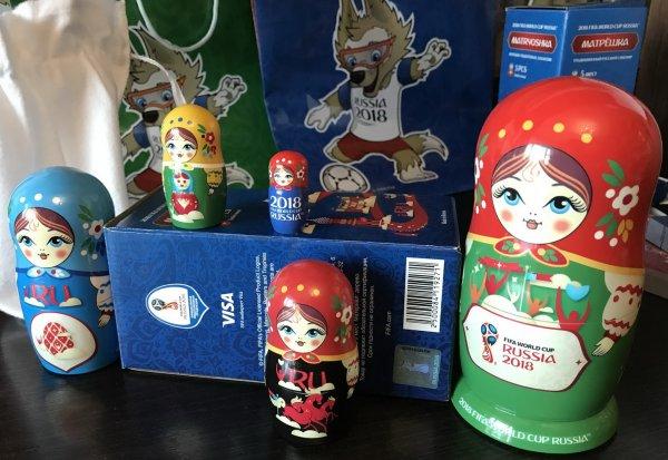 Матрешки и кокошники стали самыми популярными сувенирами на ЧМ-2018