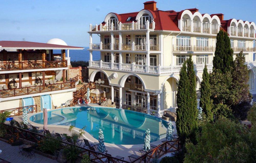Booking.com отключил услугу бронирования отелей Крыма для отдыхающих