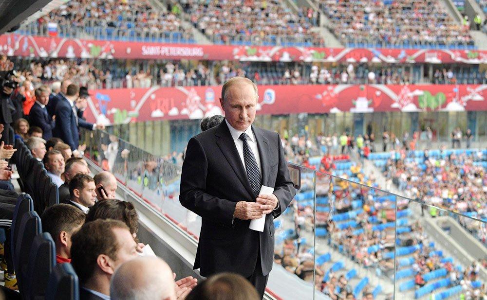 Путин прибыл в Калининград решить судьбу стадионов ЧМ-2018