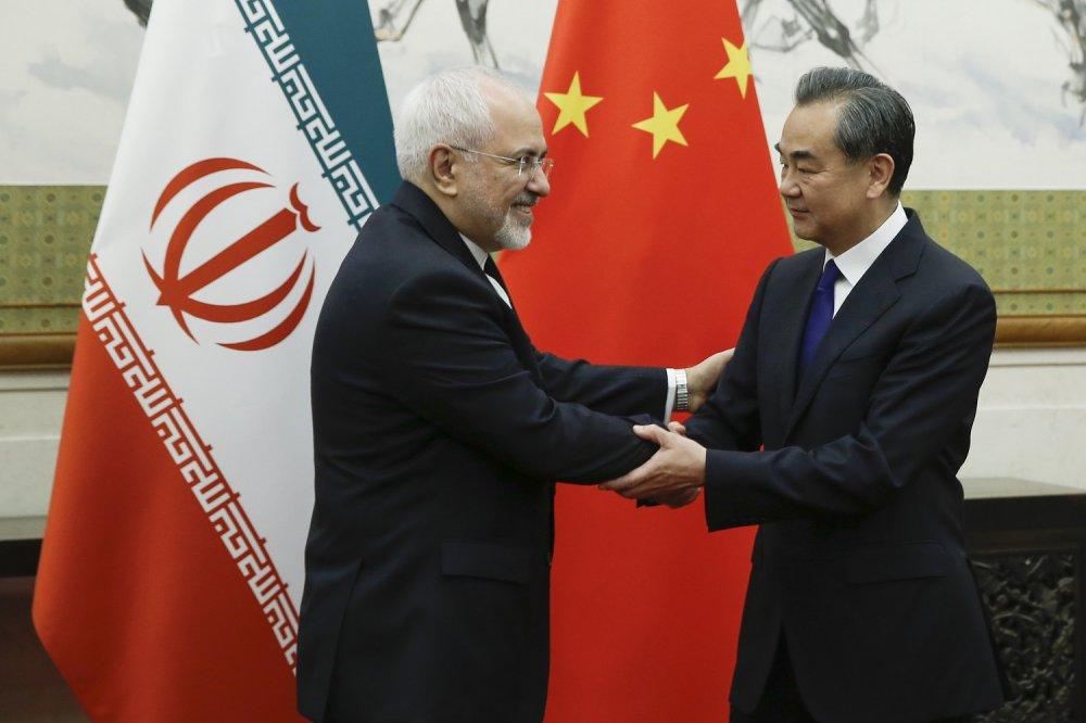 Foreign Policy: строительные и инфраструктурные проекты России и Китая не дают изолировать Иран