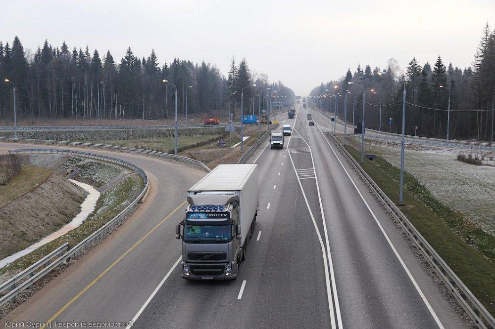 «Автодор» застроит трассу Москва-Петербург многофункциональными зонами