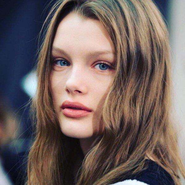 Молодая модель из Омска как две капли похожа на Наталью Водянову