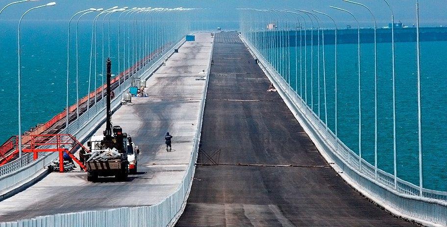Шесть российских компаний оказались под санкциями ЕС из-за Крымского моста