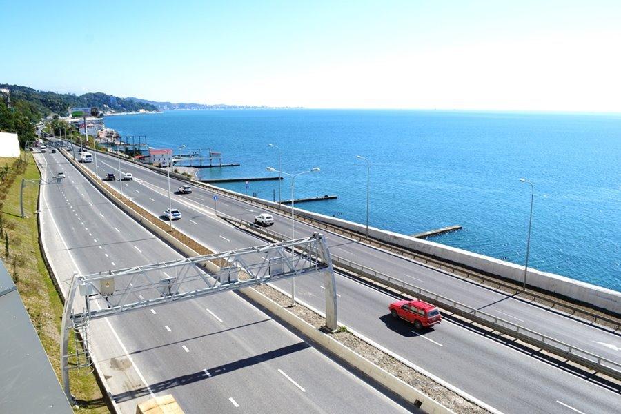 Вся инфраструктура курорта встанет — почему Минтранс против проекта трассы до Сочи