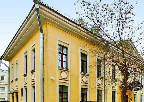 В 35 млн рублей оценили нежилые помещения в московском особняке XIX века