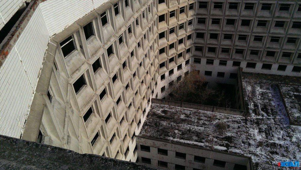 Сотни тысяч квадратных метров аварийной недвижимости снесут этой осенью