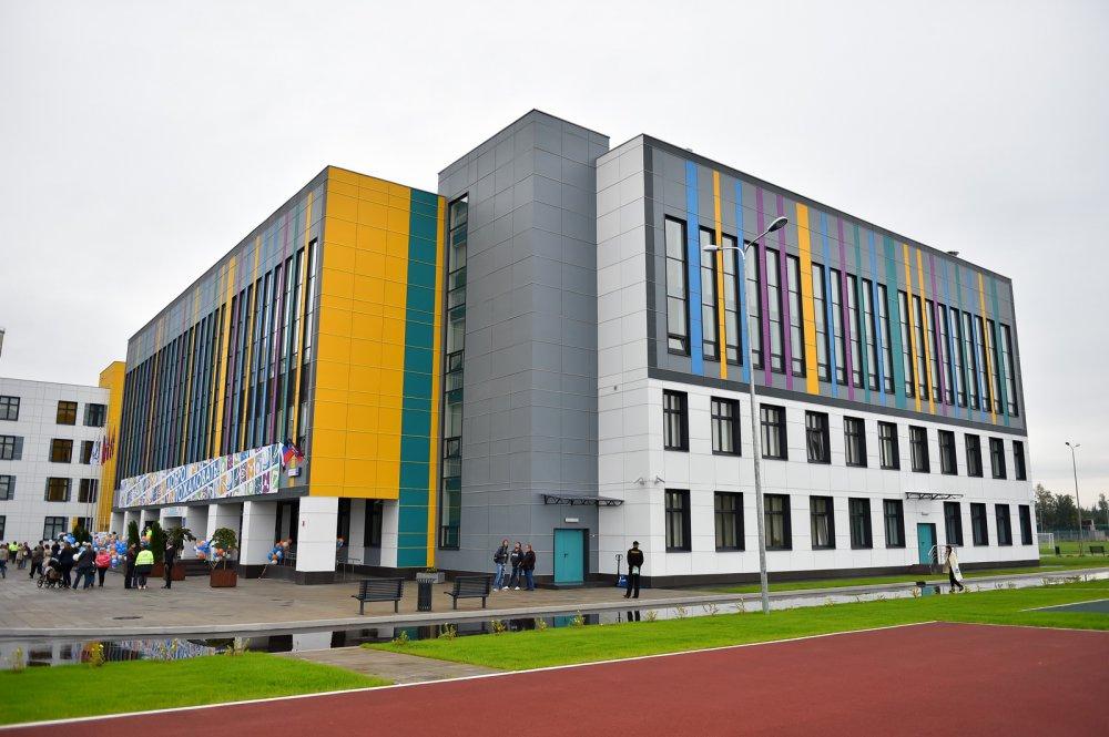 Пятнадцать школ и детсадов сдадут в Москве в этом году