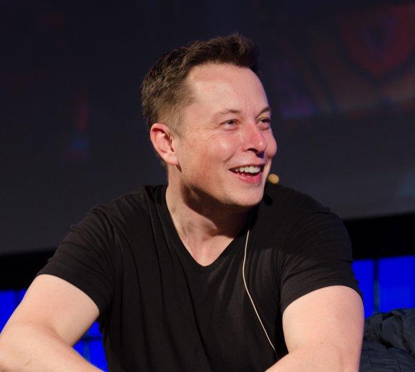 «Этот год был мучительным»: Илон Маск пожаловался на переутомление и проблемы со сном