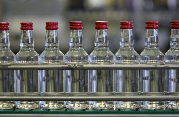 В России уравняли минимальные цены водку разной крепости