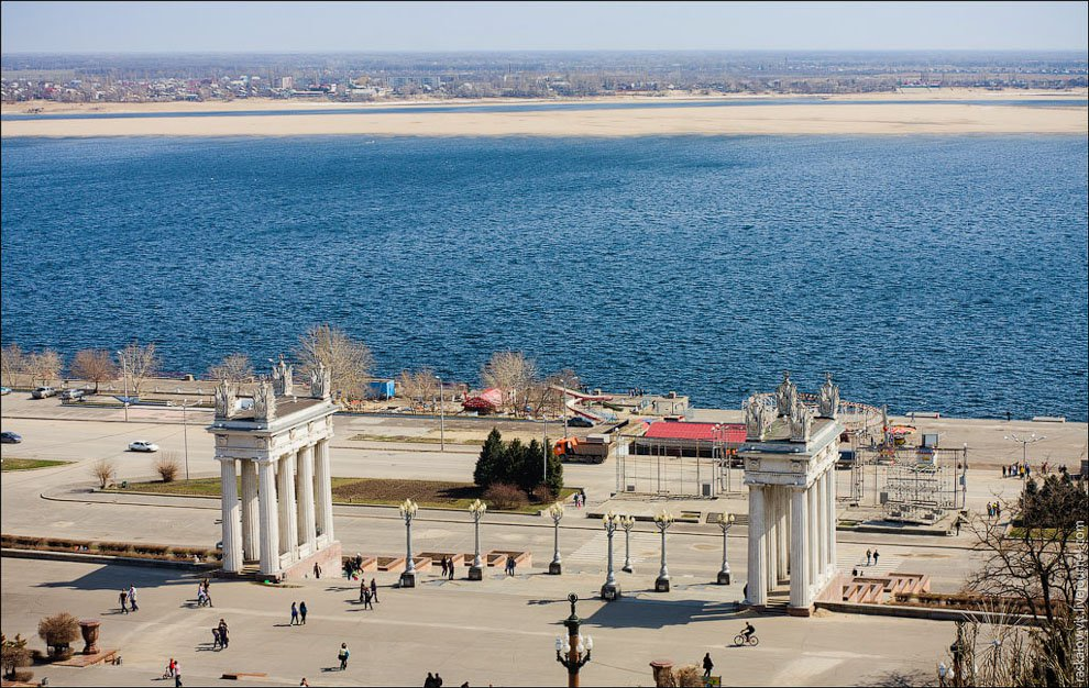 На реконструкцию набережной Волгограда потратят еще 135 млн рублей