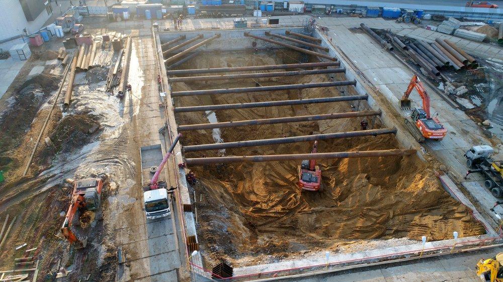 Что происходит на стройке нового участка метро до Косино