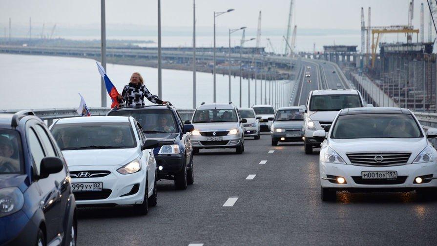 «Крымский мост» бьет рекорды по трафику — 2,2 млн автомобилей
