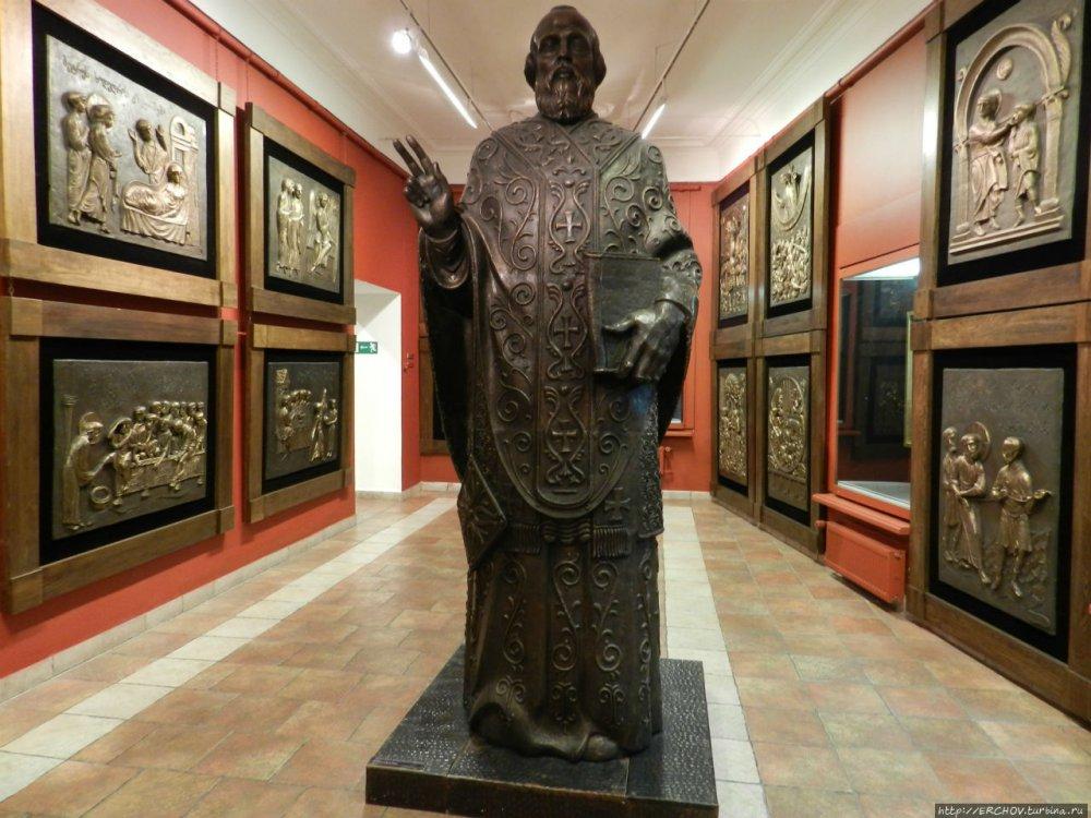 Церетели приступил к 2-метровому памятнику Кобзону еще при жизни артиста