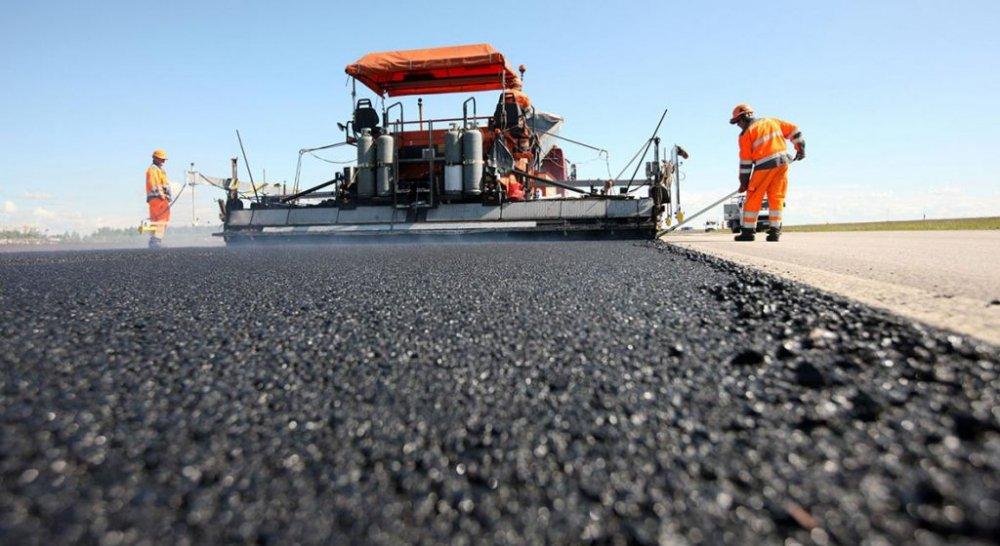 Ограничено движение на Звенигородском шоссе из-за укладки 126,000 кв м асфальта