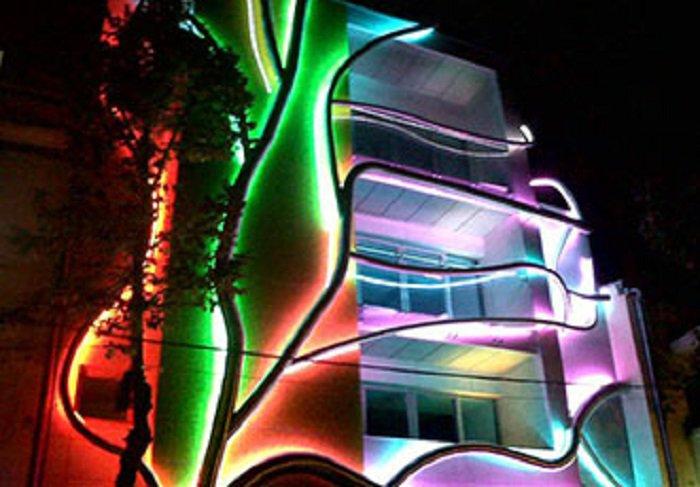 Фасады домов-книжек на Арбате украсит тематическая подсветка «Круга света»