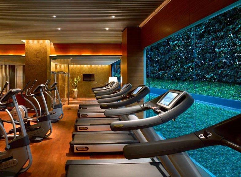 Фитнес-центр площадью 2,700 кв метров выставлен на торги в Москве