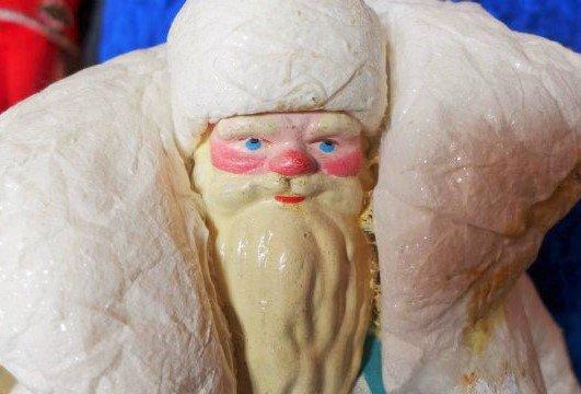 Одна из самых первых фигурок Деда Мороза найдена археологами в Москве