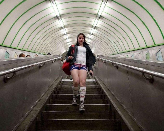 Заммэра Москвы рассказал, как готовили станции метро к холодам