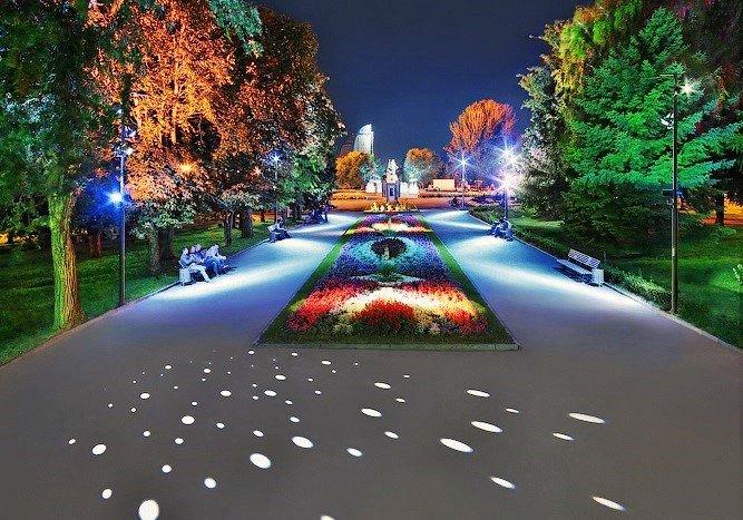 Власти Москвы выделили 20,5 млрд руб на развитие единой светоцветовой среды