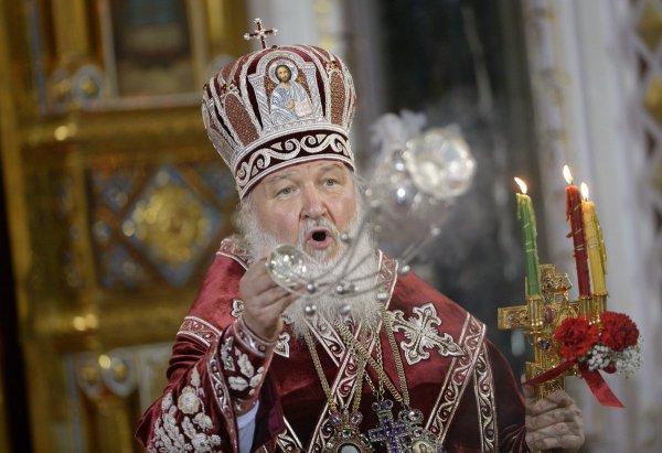 Патриарх Кирилл увидел опасность гаджетов для верующих