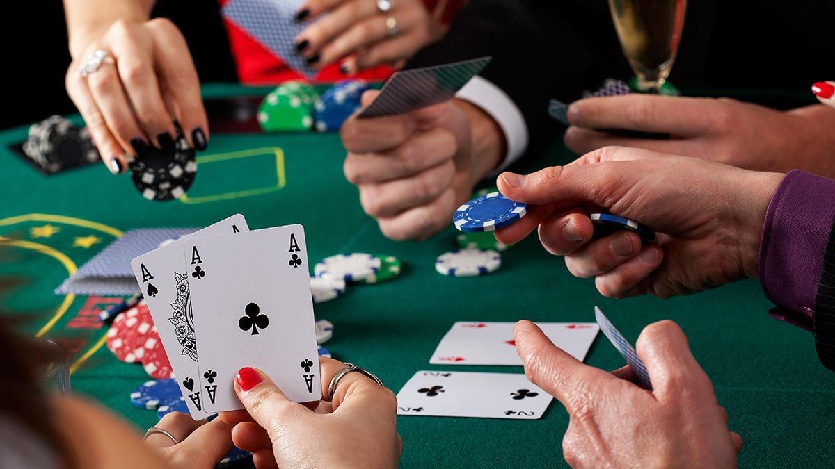 Беспрерывная игра покер-рума 888Покер